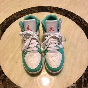 """Selling My Display """"J"""" Jordan Sneakers S 7.5/8/8.5"""
